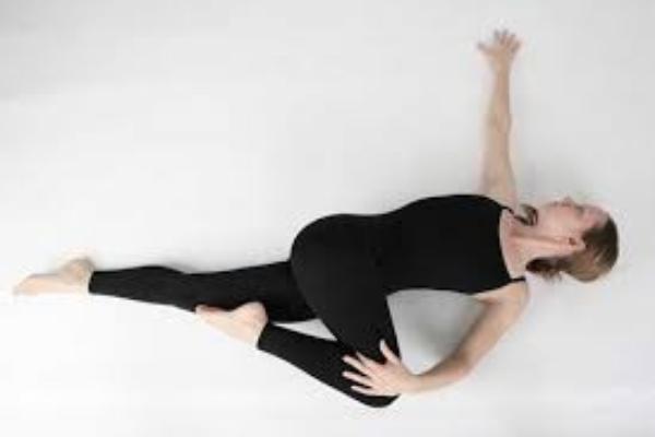 Stretching Untuk Atasi Insomnia